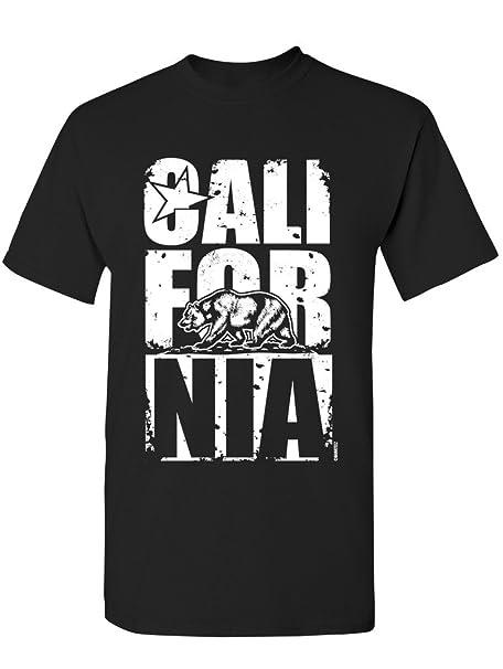 400ebe7e7f Amazon.com: Manateez Men's California Bear Block Letters Tee Shirt ...