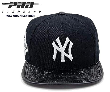 Amazon.com   Pro Standard NY Yankees 1996 World Series Fashion Black ... 757fb90b9bf