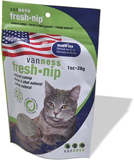 Amazon Com Van Ness Fresh Nip Catnip 1 Ounce Catnip Treats