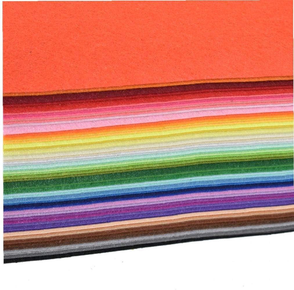 Amosfun Lot de 6 dessous de verre de No/ël en tissu non tiss/é Isolation thermique Tapis de table Coussinets Bouteille Mugs pour la maison Restaurant Club