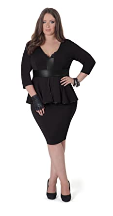 Amazon.com: Full Figured Fashionista Plus Size Trendy Holiday ...