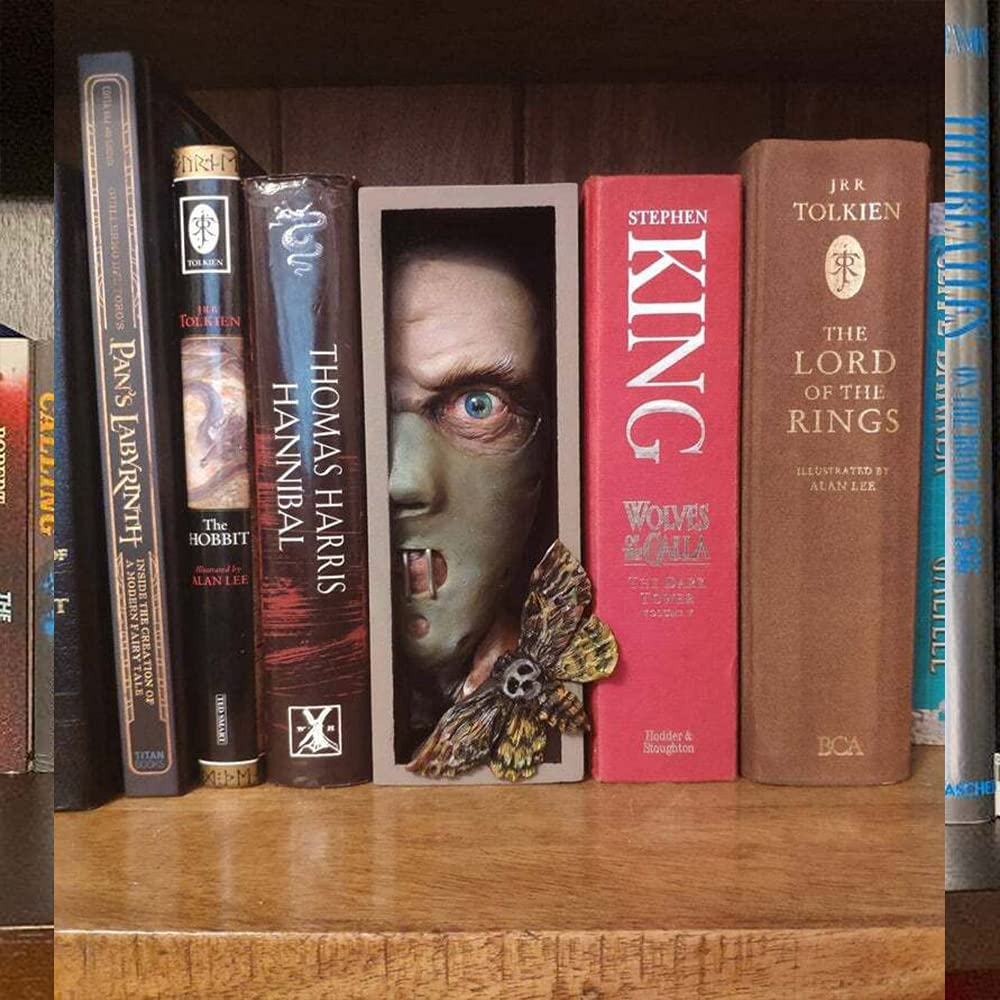 Personalized Bookend-Peeping on The Bookshelf, Sculpture of The Shining Library, Resin Desktop Sculpture Ornament for Library/Home/Office,for Collecting CD/Albums/Magazines/Heavy Books(21x14x7cm)