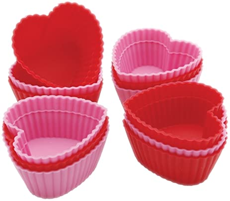 Amazon.com: Wilton Heart Silicone Baking Cups, 12 Count: Reusable ...