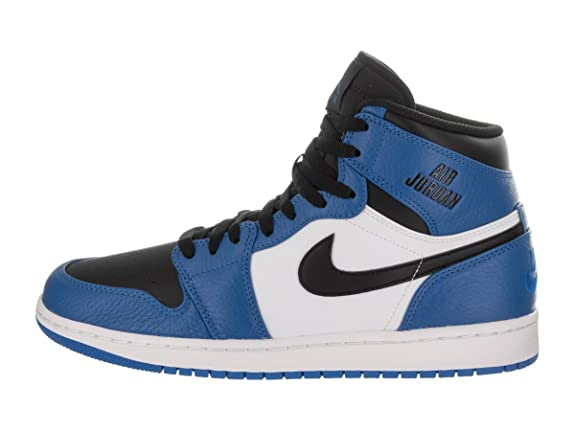 sale retailer d220e 011db Amazon.com   Jordan Nike Men s Air 1 Retro High Basketball Shoe   Basketball