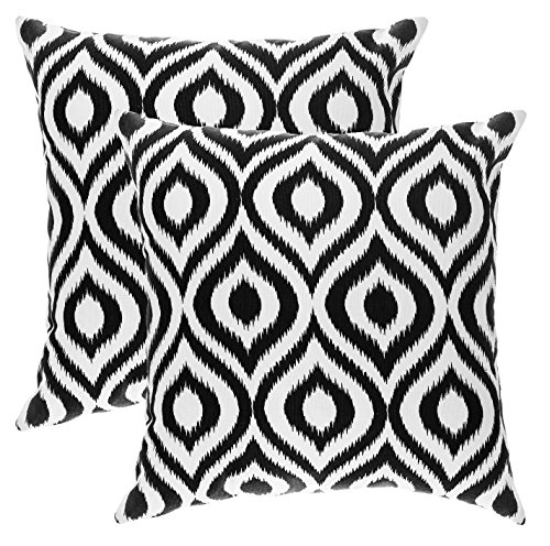 TreeWool, Soft Cotton Ikat Ogee Accent Decorative Throw Pillow Covers (2 Cushion Covers; 18 x 18 Inches; Black & White)