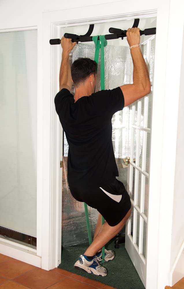 pull up using resistance band and door pull up bar