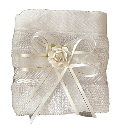 Amazon.com: Kit de Bautismo - Baptism Christening Kit Catholic Handmade with Towel Rosary Baptism Candle and Baptism Shell - Hecho a Mano en Mexico Toalla, ...