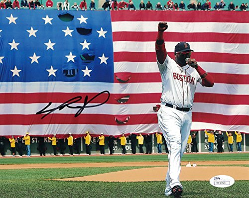 David Ortiz Autographed Boston Red Sox 8x10 Photo Flag ()
