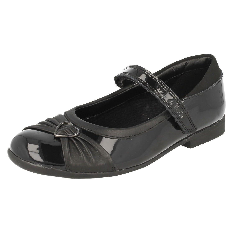 44ced243318e1 Clarks Chaussure de Dolly coeur filles Junior School en noir verni