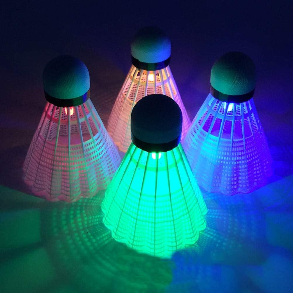BSTQC 4 piezas de colores LED de b/ádminton volantes que brillan en la noche al aire libre entretenimiento accesorios deportivos