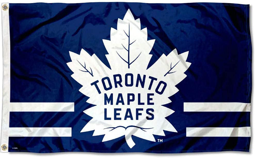 Amazon Com Wincraft Toronto Maple Leafs 31 Point Leaf Flag And Banner Sports Outdoors