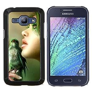 KLONGSHOP // Cubierta de piel con cierre a presión Shell trasero duro de goma Protección Caso - Naturaleza Verde Mujer Pájaro Retrato Perfil - Samsung Galaxy J1 J100 //