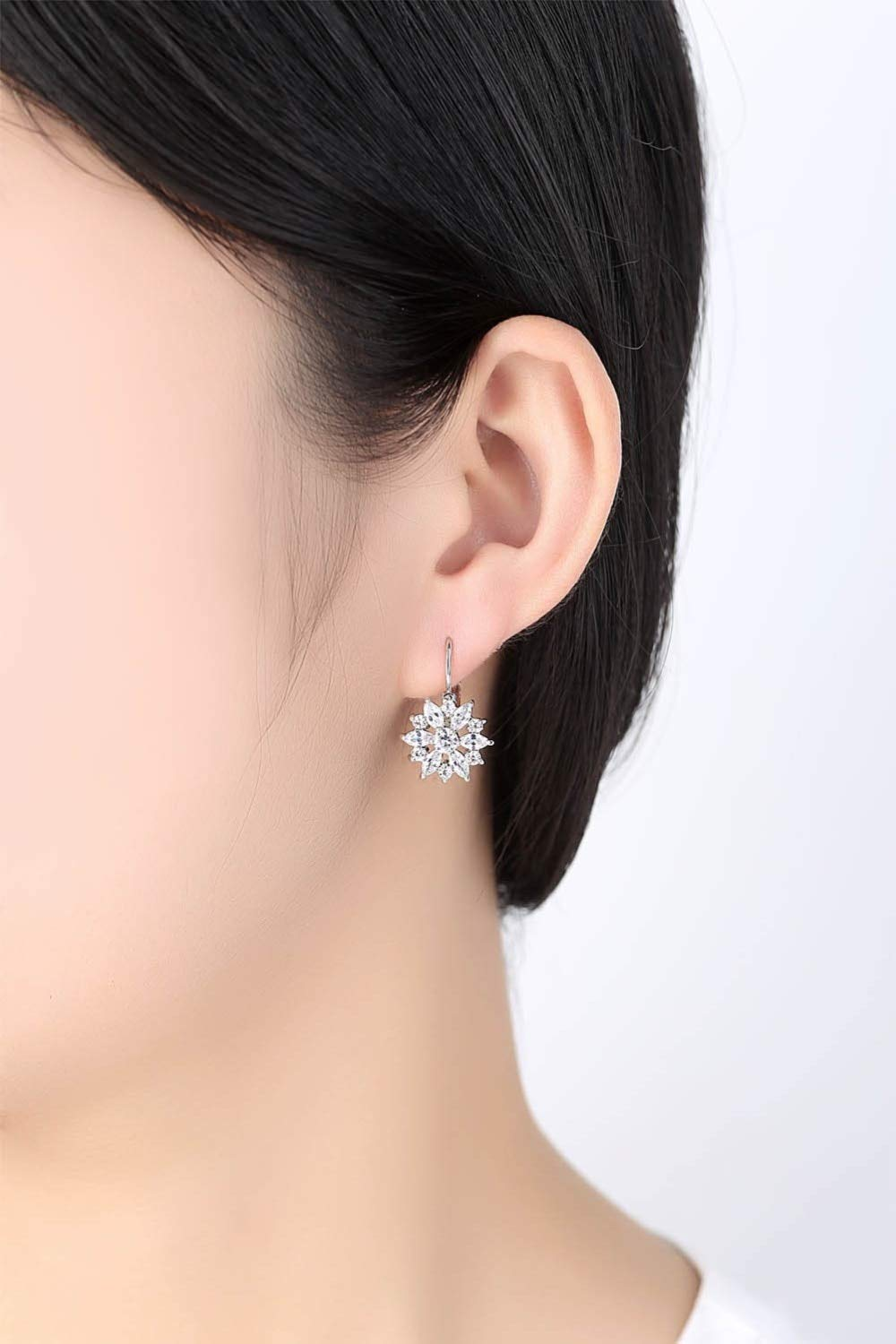 c0306f026 Amazon.com: 2019 New Wild Rose Gold Hypoallergenic Earrings Original Crystal  from Swarovski Bella Mini Piercing Woman Earrings: Cell Phones & Accessories