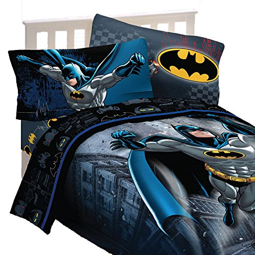 (4pc DC Comics Batman Twin Bedding Set Guardian Speed Comforter and Sheet Set)