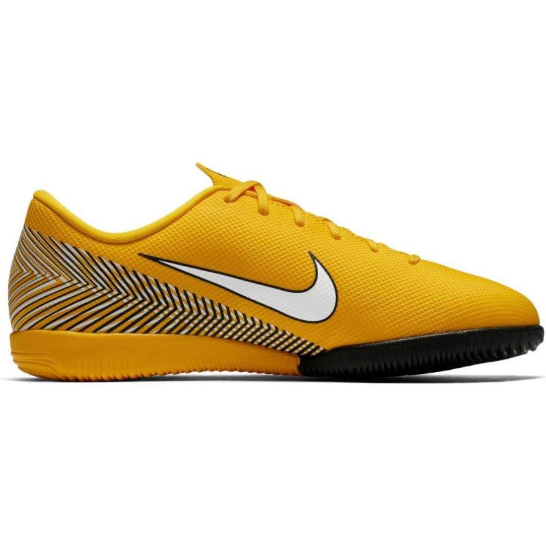 d5545cfae Amazon.com | Nike Jr. Vapor XII Academy Neymar Jr IC Little/Big Kids'  Indoor/Court Soccer Shoe | Soccer