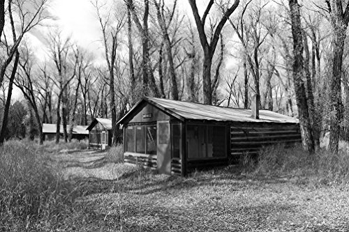24 x 36 B&W Giclee Print Cabins Rented Fishermen Women at The Sheriff Ranch at The headwaters The Colorado River Near Hot Sulphur Springs in Grand County, Colorado 2015 Highsmith 78a