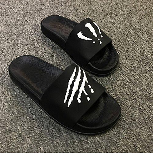 fankou Summer Men Slippers Trend Inside and Outside of The Home Bathroom Non-Slip Cool Slippers Summer,44, Black and White