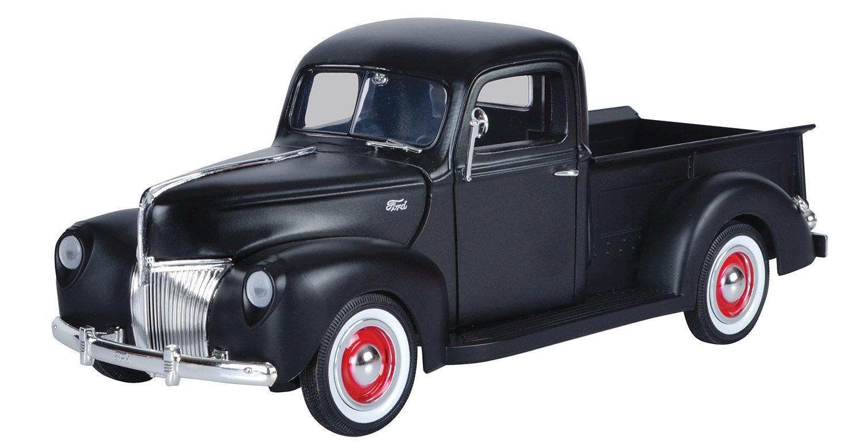 Motormax 1  18 Die-Cast 1940 Ford Pickup