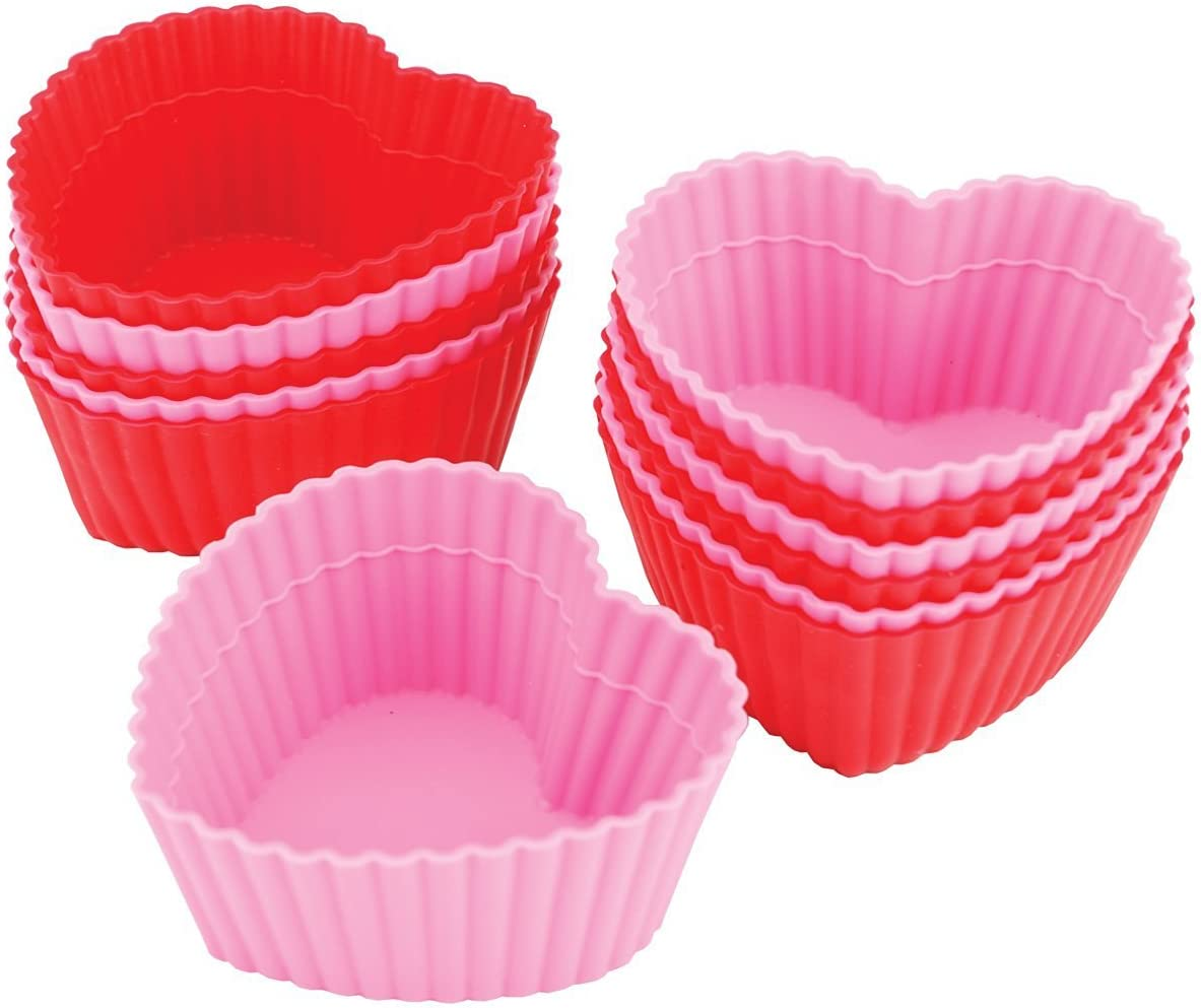 NEW WILTON MINI HEART BAKING CUPS 100 COUNT PER PACK very cute