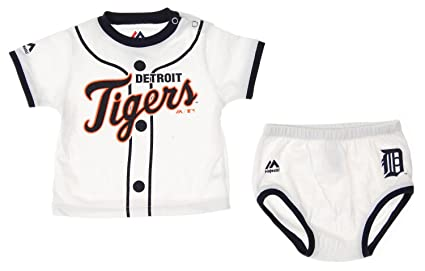 9fb61bad2d4 Amazon.com  MLB Detroit Tigers Infants Baby Boy Player Tee   Bottom ...