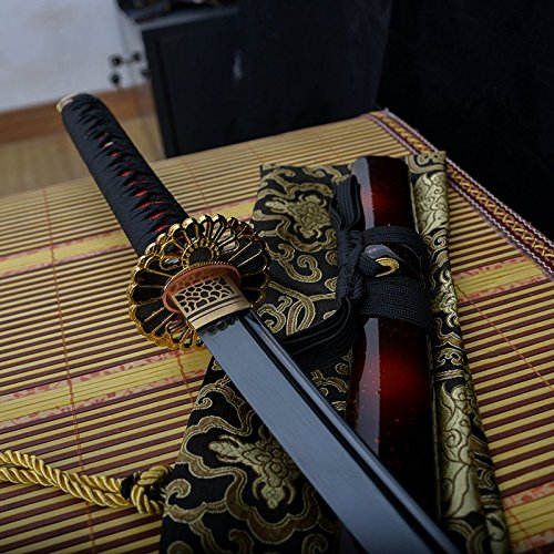 - Handmade Katana Black Damascus Steel Folded Blade Japanese Samurai Sword Real Cut Sharp Sword