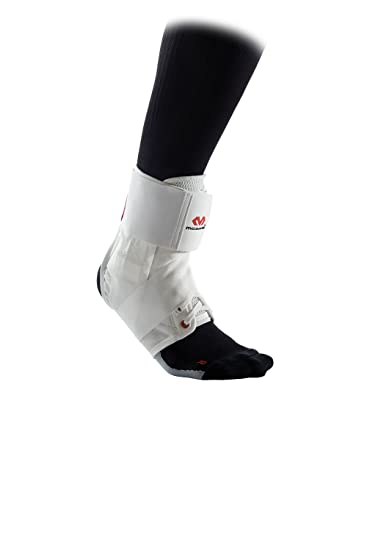 McDavid Fußgelenkstütze mit Strap-Streifen für Herren und Damen - Ultralite  - Schwarz oder Weiß - Maximaler Schutz  Hilft Verstauchungen zu verhindern  oder ... 695a2df35d