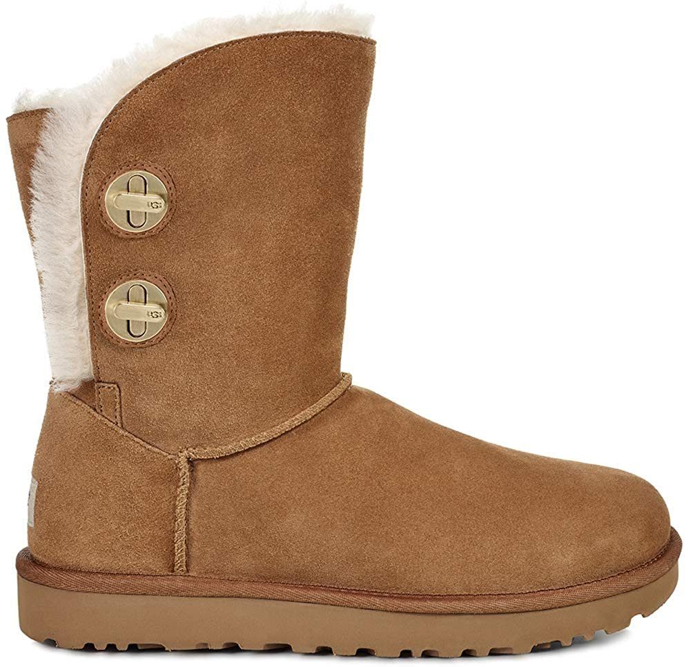 917557a6cfa UGG Women's Classic Short Turnlock Boot