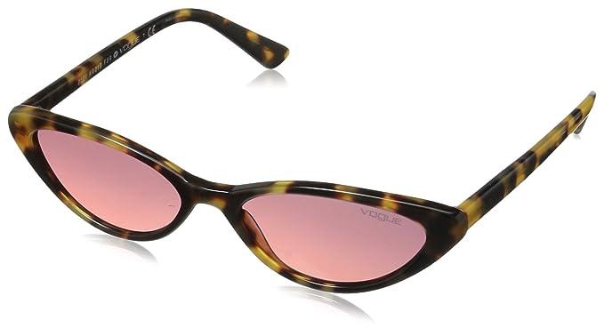 1b7303acde Vogue - anteojos de sol de plástico para mujer, color negro, 52,0 ...