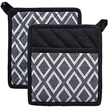 DII Cotton Heat Resistant Kitchen Pot Holders Set Farmhouse Chic Geometric Design, Machine Washable for Every Home, (8x8.5-Set of 2), Diamond