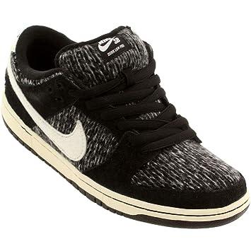 buy popular eccbf 539ad Nike Men's Sb Dunk Low (warmth Pack) 12 D (M) US Black/Black ...