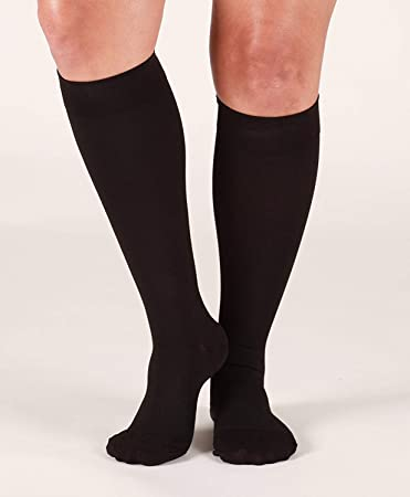 702b6be384c Amazon.com  Mojo Compression Socks for Men   Women (20-30 mmHg) Made ...