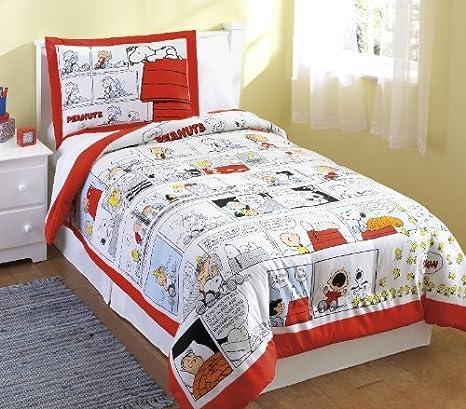 Amazon Com Boys Peanuts Comic Strip Red And White Twin Comforter Sham Set Home Kitchen