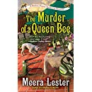 The Murder of a Queen Bee (A Henny Penny Farmette Mystery)