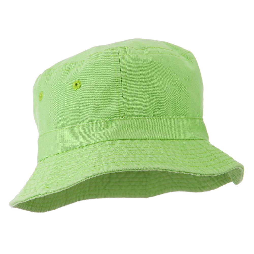 aa7680e6 Amazon.com: Cameo Youth Pigment Dyed Bucket Hat-Apple Green OSFM: Clothing
