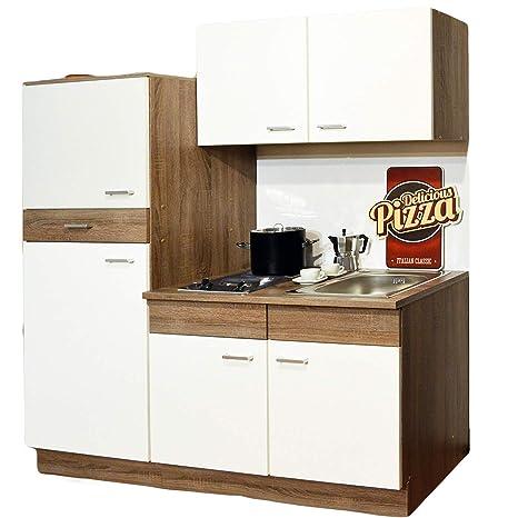 Cucina singola, angolo cottura, frigorifero, lavello ...