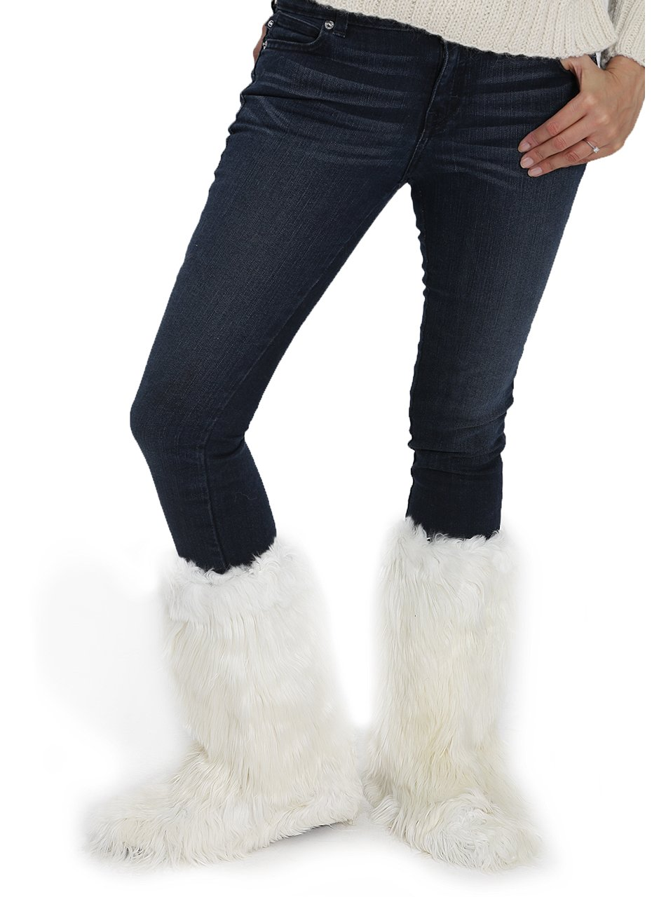 Apres Ski Suri Alpaca Fur Boots (White, Medium)