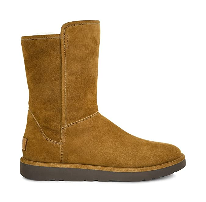 2f806ed82ad UGG Women's Abree Short II Boot