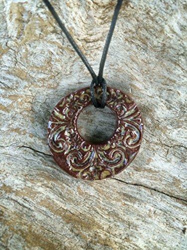 essential-oil-diffuser-necklace-clay-diffuser-jewelry-aromathrapy-pendant-terracotta-diffuser