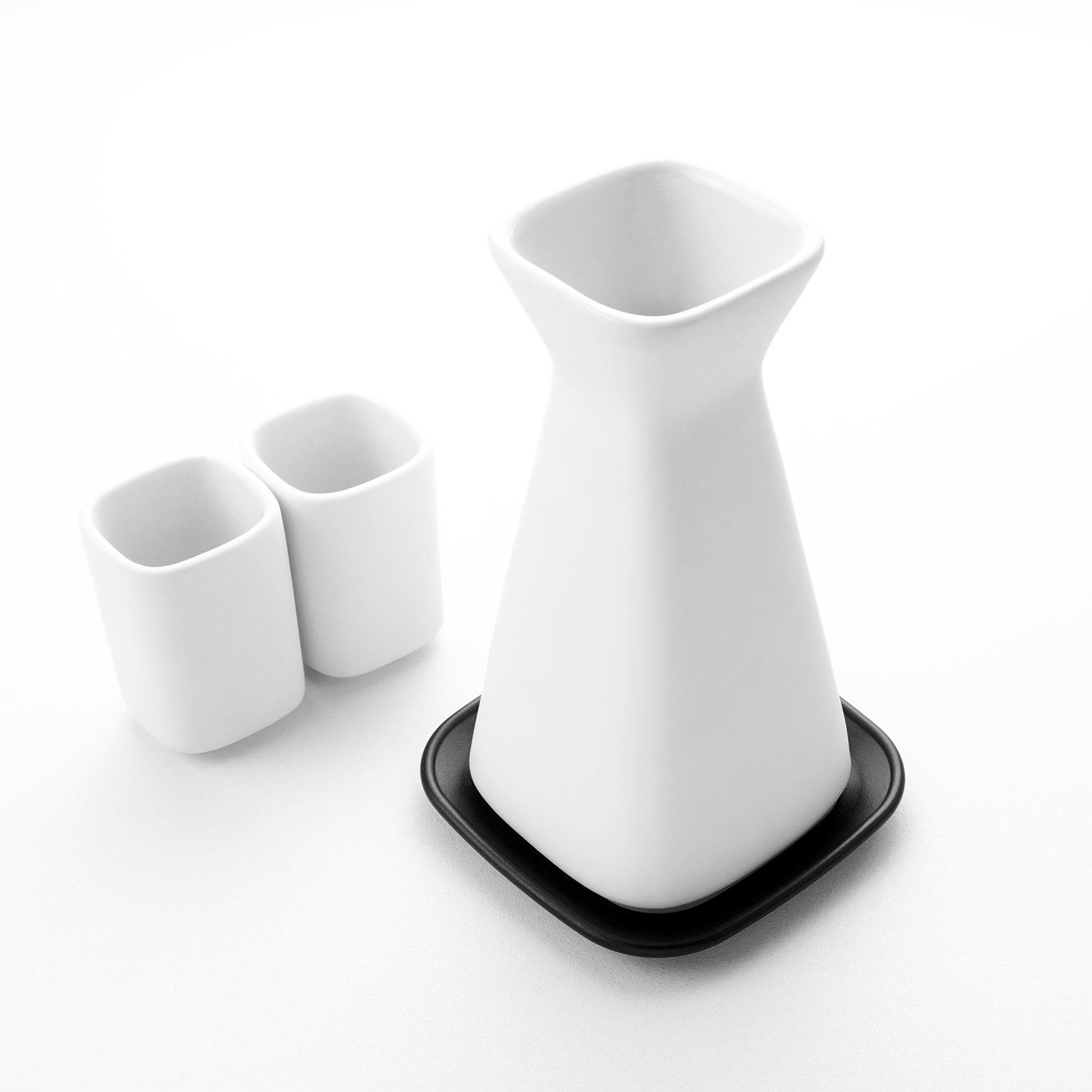 THAT! Heat That Microwavable Sake Set With Hot Plate that inventions KTE