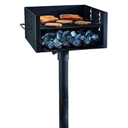 772b1f1ea04 Amazon.com  Guide Gear Heavy-Duty Park Style Charcoal Grill