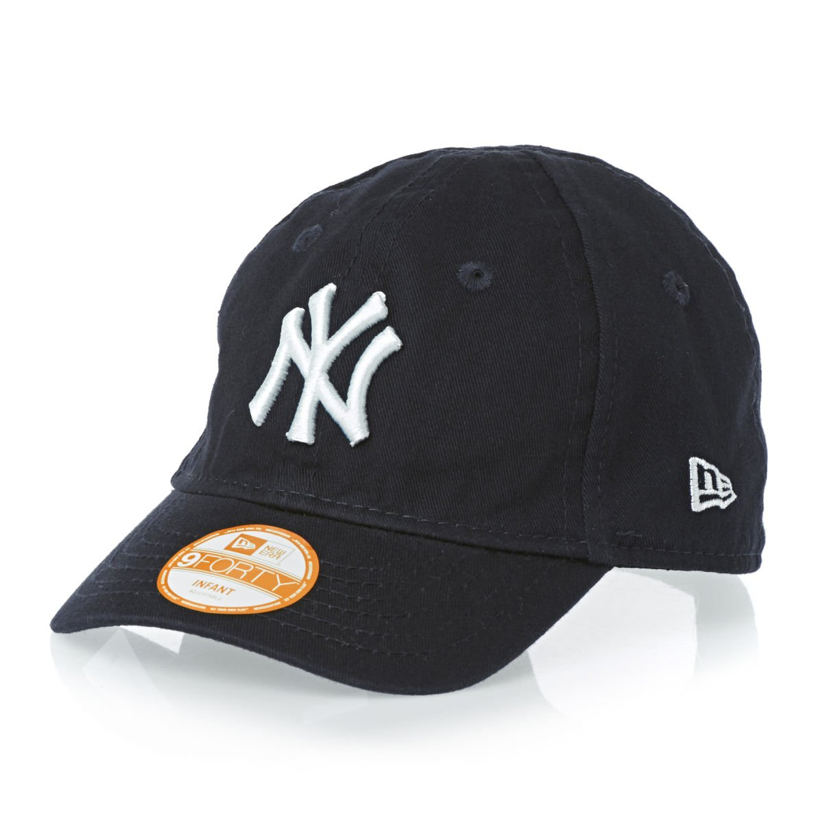 7717c43ed New Era JR My First 9Forty Infants NY Yankees Adjustable Cap: Amazon.co.uk:  Sports & Outdoors