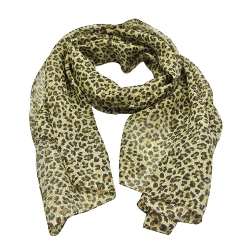 Wrapables Classic Leopard Print Scarf