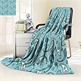 Digital Printing Blanket Islamic Arabian Inspired with Rounded Ornaments Design White and Blue Summer Quilt Comforter