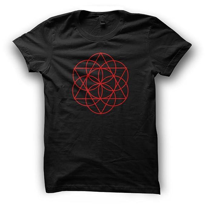 77adc0d8e3f7 Paranoid Penguin Sacred Geometry Geometric Festival Clothing Mandala Flower  of Life Triangles Mens T-Shirt for Husband - Gift for Boyfriend   Amazon.co.uk  ...