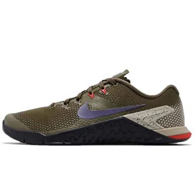 9fa5bfa475ba Nike Men s Metcon 4 Training Shoe Olive Canvas Indigo Burst Black Size 8 D