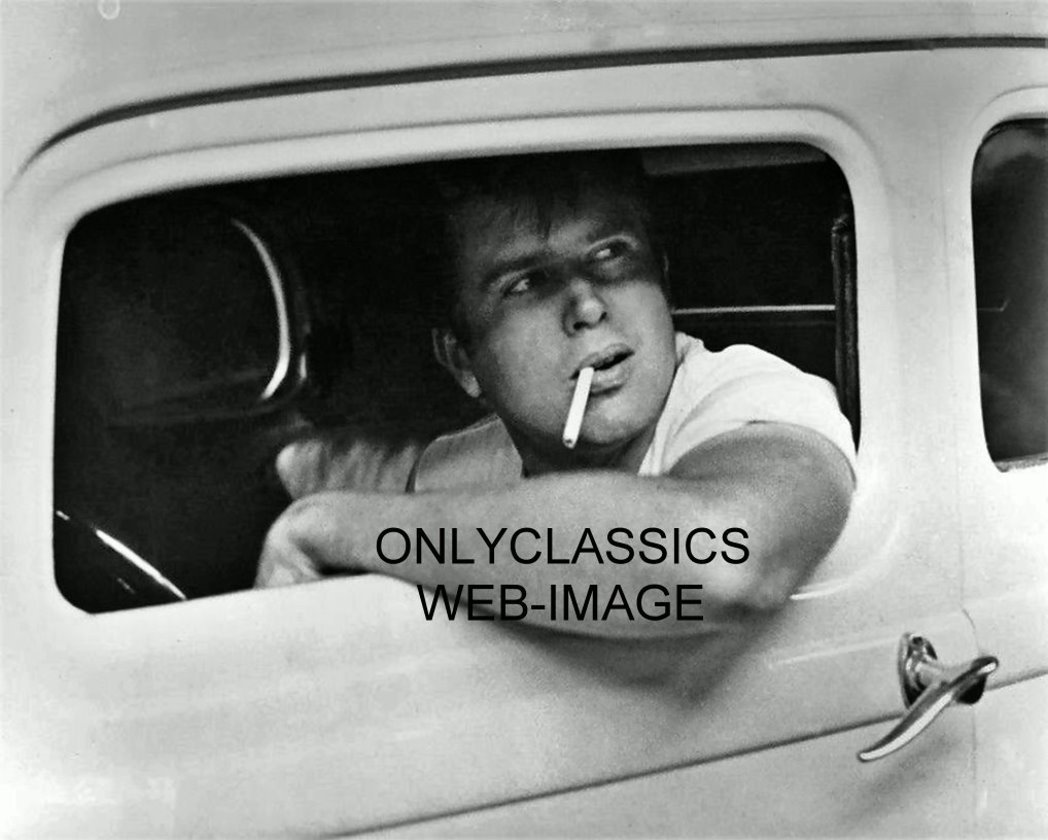OnlyClassics John Milner American Graffiti 8X10 Photo Paul LE MAT in HOT Rod 1932 Duece Coupe