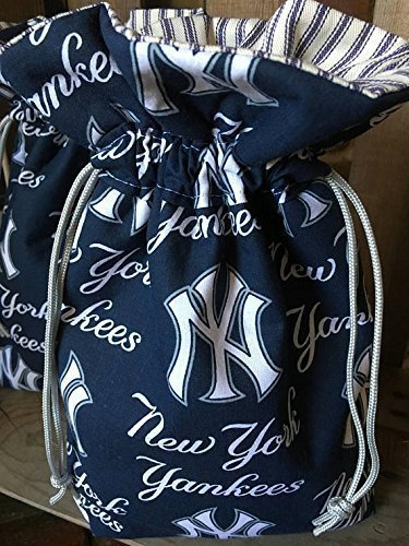 Yankees Fan Gift, New York Yankees Gift Bag, Yankees Hostess Gift, Yankees Mothers Day Gift, Yankees Gift Wrap, Yankees Baby Shower Gift, Yankees Fathers ...