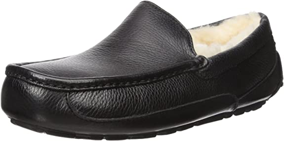 UGG Men's Ascot Slipper, Black Leather, 9 M US