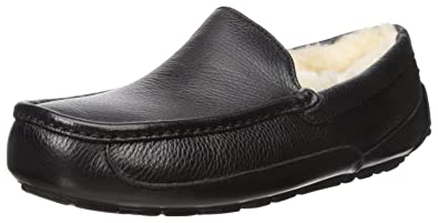 6a93654ab15 UGG Men s Ascot Slipper