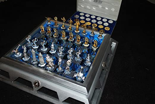 Star Trek 25th Commemorative Chess Set by Franklin Mint